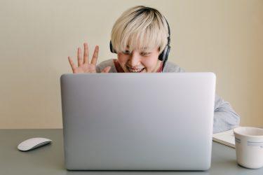 ネイティブと英語を死ぬほどしゃべりたい!おすすめオンライン英会話3選