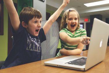 子供はオンライン英会話を毎日受けるべき!理由と安いスクール5選まとめ
