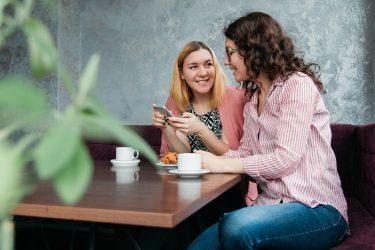 【危険?】オンライン英会話の個人契約講師の見つけ方と注意点を解説